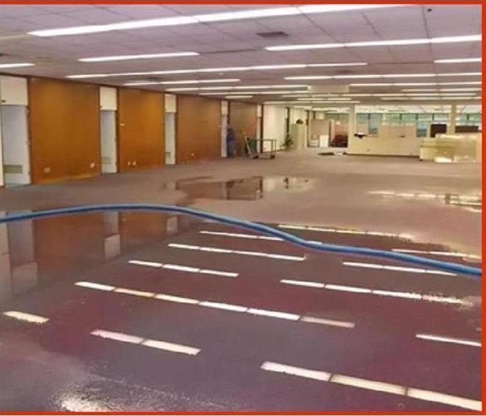 Drying Water Damage in Commercial Space Before